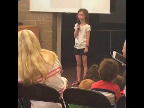Maggie singing in Chinese 2nd Grade