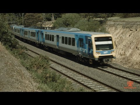 Australian Trains and Railways: The Glen Waverley Line