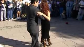 Argentine tango de rue Buenos-Aires(Argentina tango in the street in Buenos-Aires )