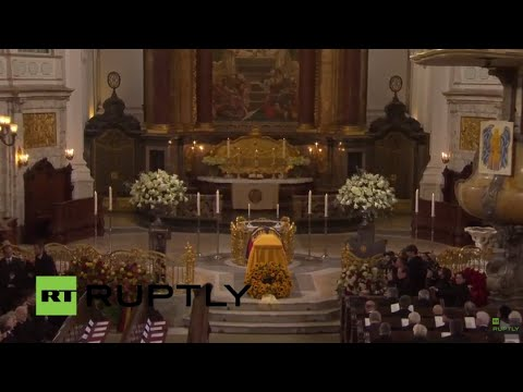 LIVE: Former West German Chancellor Helmut Schmidt's state funeral takes place in Hamburg