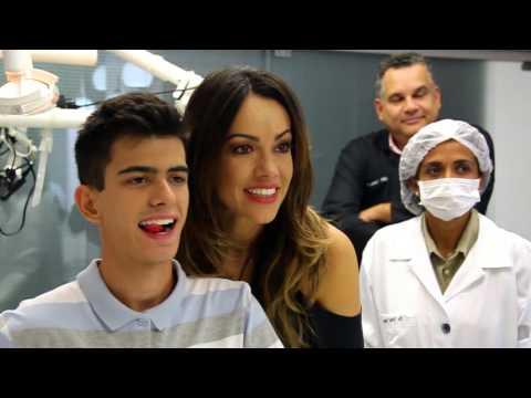 Novo sorriso com Lente de Contato Dental | Programa Simplesmente