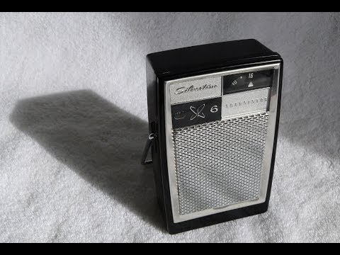 Silvertone Model 1205 Transistor Radio  Built By Arvin In The Usa Circa 1960