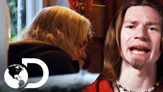 ¡Billy Brown sufre una convulsión! | Alaska: Hombres primitivos | Discovery Latinoamérica