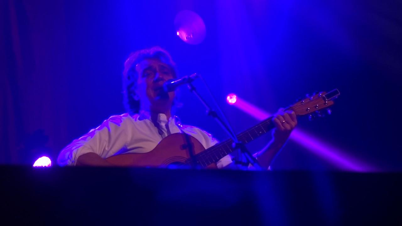 the-hollies-peter-howarth-sandy-symphony-hall-2016-thepaj1