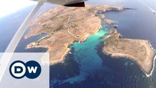 Helicopter tour over Malta | Euromaxx