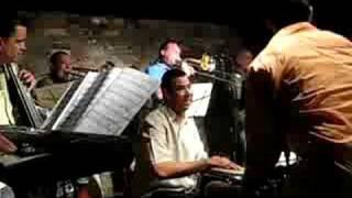 Play Por Bella Que Eras Blues