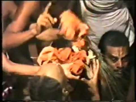 Mukkur Azhagiyasingar's Kaikaryam-03