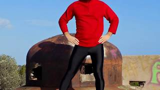 Guy in Shiny Leggings Lycra Spandex Pantyhouse, Sport Cyclist Fashion