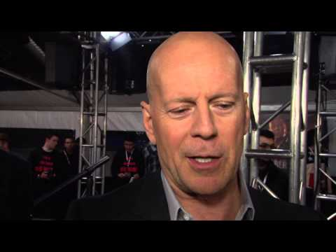 ScreenSlam -- A Good Day to Die Hard Fan Event: Bruce Willis Interview