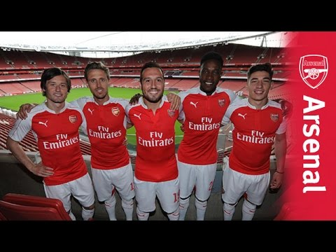 Arsenal unveil new PUMA home kit - YouTube 1cebd668f