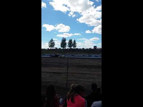 Race day at Southern oregon speedway(11)