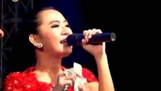 Download lagu Rena Kdi Tergila Gila Monata Live Show Madura 2017 MP3