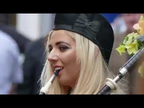 Glasgow City Centre - Lone Piper busking - 4K/UHD