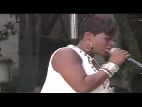 Fantasia - When I See U (GMA)