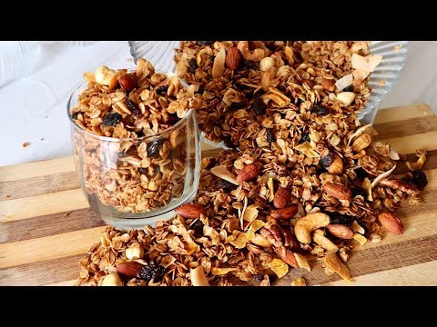 How to make the Best Healthy Granola at home��
