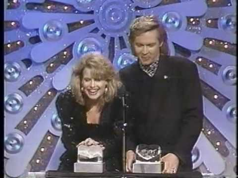 Mary Beth Evans & Stephen Nichols Win the 1989 Soap Opera Award for Favorite Supercouple