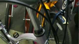 Велосипед Schwinn Sierra 7(Купить велосипед Schwinn Sierra в Санкт-Петербурге: http://trenager.ucoz.com/shop/velosipedy/velosipedy-schwinn/gorodskie-velosipedy-schwinn., 2012-05-29T13:25:19.000Z)