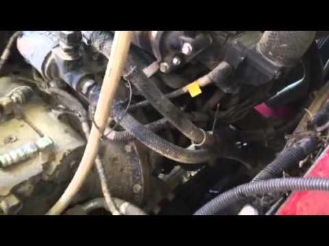 Maintenance Takeuchi TL240 - YouTube