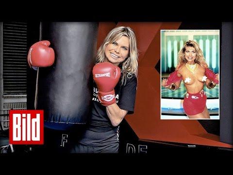 Tutti-Frutti: Ex-Playmate Elke Jeinsen zeigt ihren linken Haken ( Baywatch / Charlie Sheen )