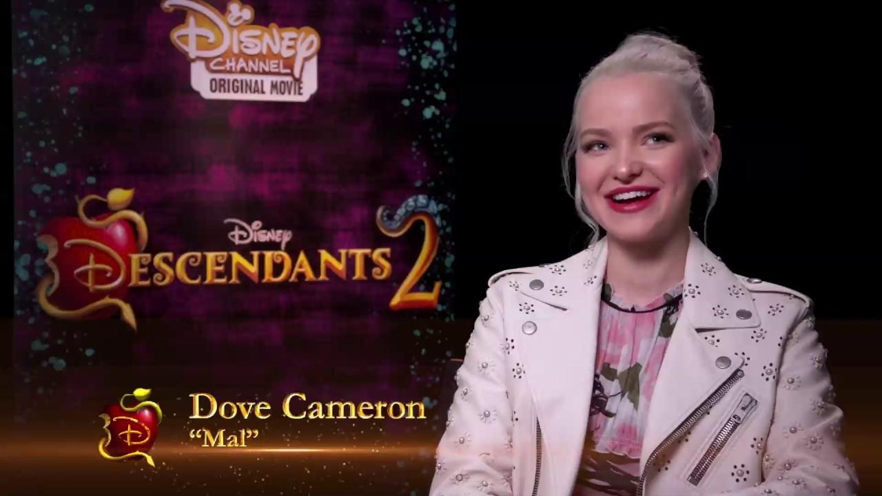 The Costumes Of Disney Channelu0027s U0027Descendants 2u0027