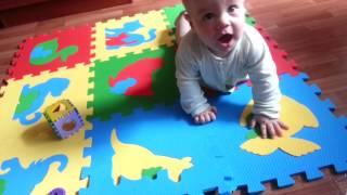 видео Коврик-пазл для детей | GidBaby.ru - беременность, роды, развитие ребенка
