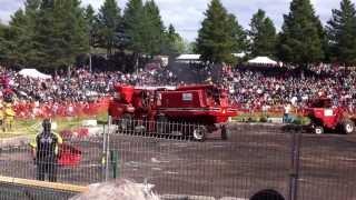 Combine Demolition Derby - Moissonneuse-Batteuse Démolition Derby