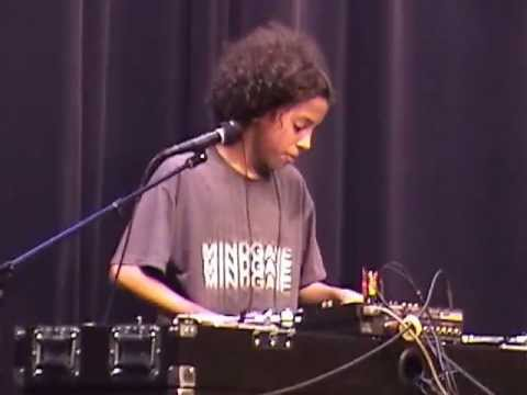 Tyler Acord DJ Scratching routine at North Lake Middle School talent show