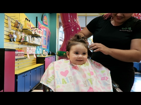 ELLE'S FIRST HAIRCUT!!!