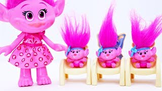 Trolls Poppy Babies Go To School