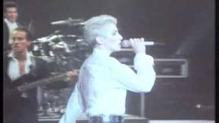 Live at Sydney, Australia 1987.