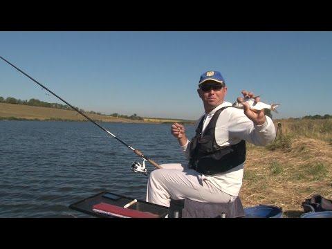 Рыбалка с Лодки бортовыми удочками: ловим леща на сало. О Рыбалке Всерьез видео 9.