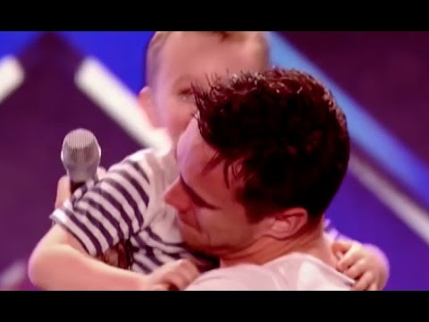 Hot Dad Rocks The Stage and Melts Everyone's Heart With A Smashing Version of Whole Lotta Love