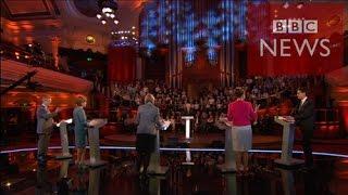 【BBC】 英野党党首が討論、まずは欠席のキャメロン首相批判
