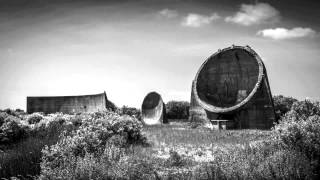 Sound Mirrors (Huw Morgan 2015)