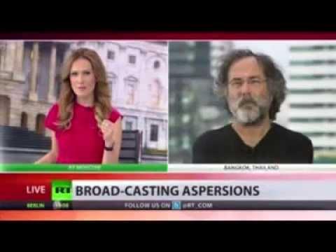 "John Kerry attacks RT, calls it: ""Propaganda bellhorn"""