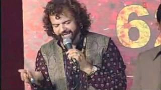 Putt chamara de maiya song by hans raj hans at bootan mandi mela live show