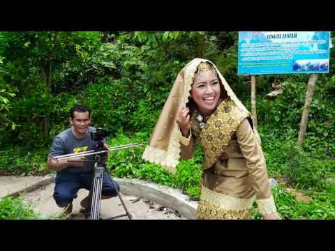 Proses pembuatan lagu Minang legenda Sungai Janiah