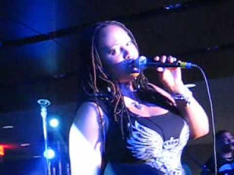 Part 1 of Lalah Hathaway Live at Essence Music Festival 2009,