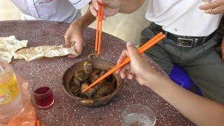 Kho cá Đồng ăn với bánh tráng
