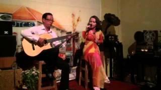 Bolero cùng tiếng đàn Lê Huy - Hoàng Hoa