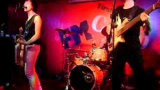 "Garage Band Moscow Fm Club ""crazy"" - Cover Of Simple Plan"