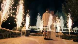 wedding video Santorini(Wedding video santorini oia at Adronis a wedding by Shirley Chiarolanzio for Adronis luxury suites video by Giorgos Galanopoulos http://www.galanopoulos.net., 2012-11-16T14:14:36.000Z)
