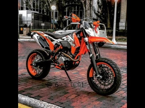 riding the ktm 500 supermoto to work stealing little. Black Bedroom Furniture Sets. Home Design Ideas