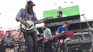crowder live at texas rangers   lift your head weary sinner chains