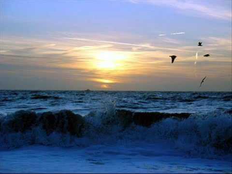 تحميل صوت البحر بدون موسيقى