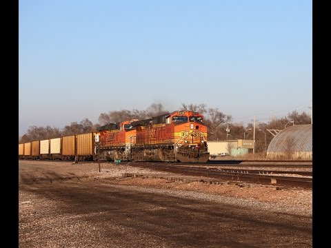 [60 FPS] Railfanning BNSF's Creston Sub WITH CRANDIC, Warbonnets, Geometry Train, & More 3/2/2017