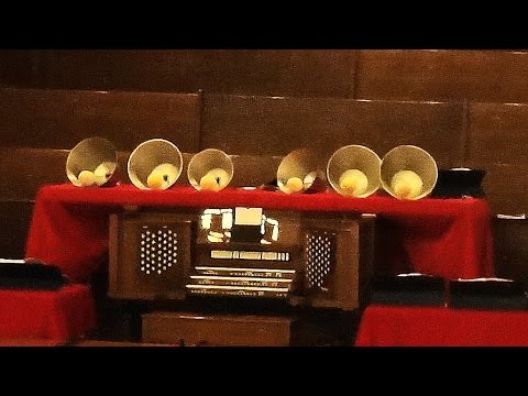 Calvary Handbell Choir-Farandole/The First Noel