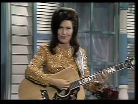 Loretta Lynn - Your Squaw Is On The Warpath (2)