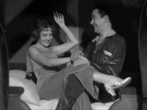 "Rubby Keeler, Bebe Daniel, 1933.Canta: Raul Roulien, 1933, ""Mente por Favor"""