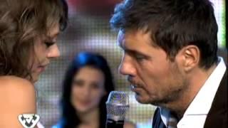 Showmatch 2011 - Coki Ramírez le cantó a Marcelo en su debut